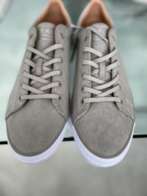 Neu Esprit Schuhe