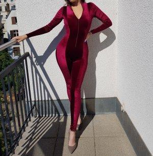 NEU Fashion Nova Jumpsuit Samt Velvet Rot Burgunder Bungundy Sexy Stretch Figurbetont Elegant