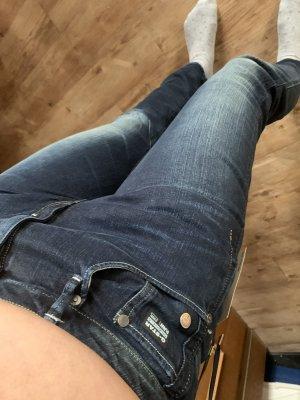 NEU G-Star Jeans Gr. W30/L32