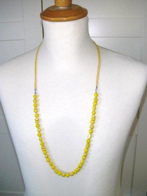 Neu, gelbe Perlenkette von Pieces