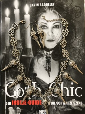 NEU Gothic Schädel-Kette mit Ohrringen