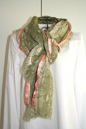 Cute Stuff Stole natural white-green grey cotton