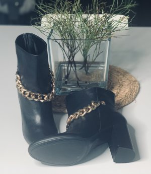 ❤️ Neu!!! Guess Stiefel Stiefelette Leder schwarz Kette gold 40