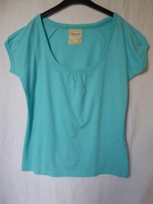 NEU: Hellblaues T-Shirt von Springfield