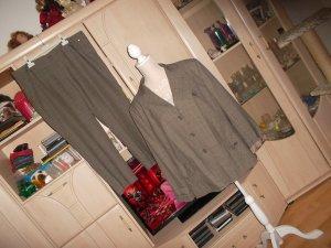 Tailleur-pantalon gris-beige polyester