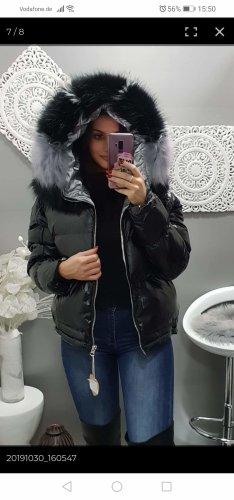 Veste à capuche noir-argenté
