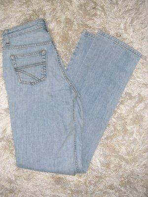 NEU, Jeans, Röhre, Röhrenjeans, hellblau, Gr. 34, Arizona