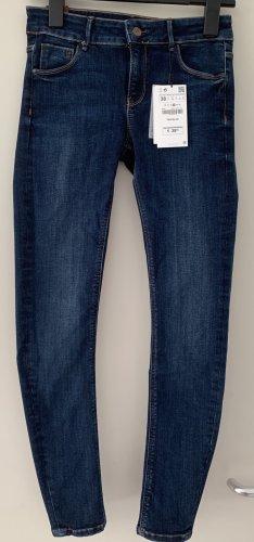 NEU Jeans von Zara mit Preisschild