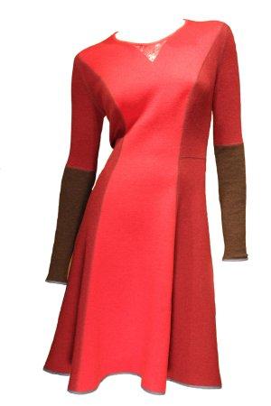 NEU: Jersey Strickkleid in 3 verschiedenen Rot-Farbtönen von Alexis Mabille