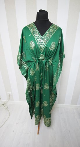 Caftan green-gold-colored