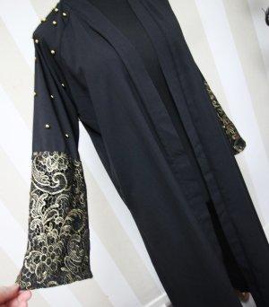 Długi płaszcz czarny-złoto