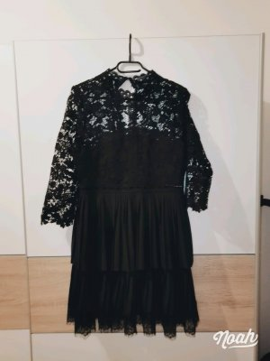 Zara Robe trapèze noir