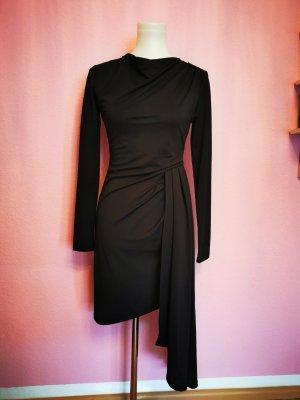 *NEU* Kleid mit seitlicher Schleppe (Box 3)