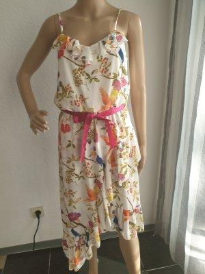 Neu Kleid von Rinascimento. Gr XS-S