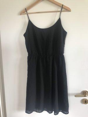 Neu! Kurzes Kleid von Only