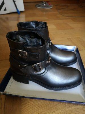 Neu Leder boots