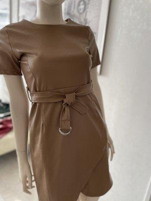 0039 Italy Robe en simili bronze