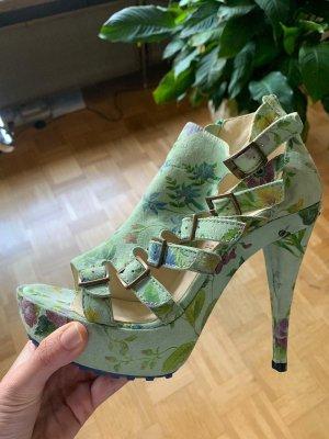 "NEU! Leder Sandaletten von ""TIGGERS"", hervorragende Qualität"