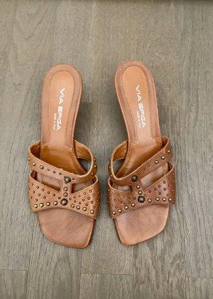 NEU - Leder Slippers / Sandalen von Via Spiga