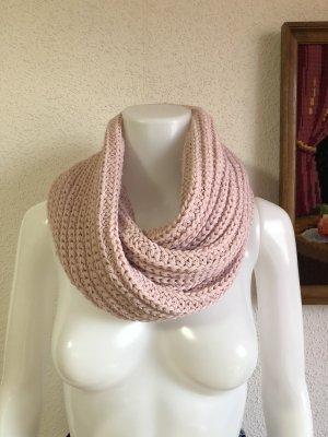 Collezione Sciarpa lavorata a maglia rosa chiaro-rosa pallido