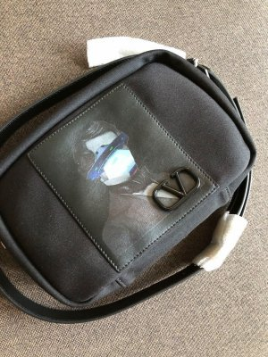 NEU Luxus Designer Valentino Garavani V Logo Undercover Belt Camera Bag Tasche