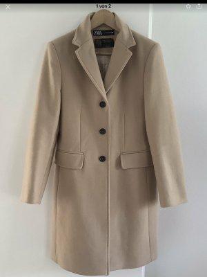 *NEU* Mantel von Zara, Farbe beige, Größe M