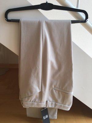 Neu mit Etikett: beige-farbene Hose von S.Oliver Black Label
