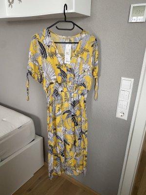 NEU mit Etikett: Kleid von Esprit Strandkleid in Gr. M/38