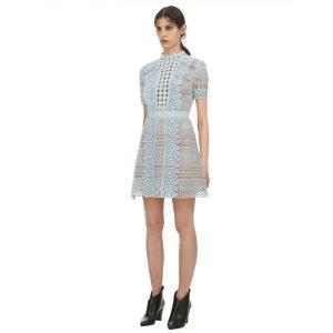 Neu mit Etikett! Self-portrait Mini Kleid Blue spiral Panel lace