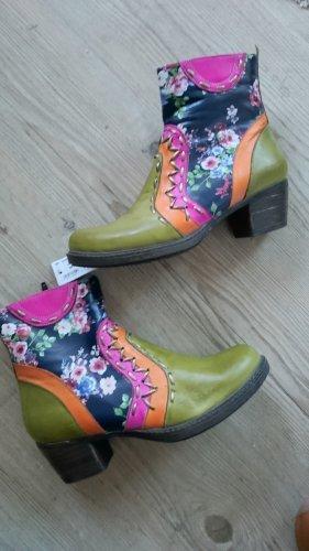 Neu mit Etikett! Stiefelette/Ankle Boots, Größe 40, NP 89 Euro