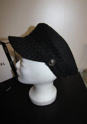 Gorra de plato negro