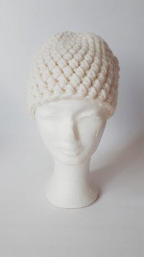 Handmade Chapeau en tricot blanc cassé