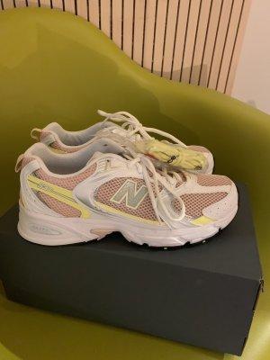 Neu New Balance 530 Sneaker