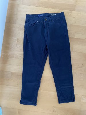 NEU OHNE ETIKETT | bequeme Capri-Jeans