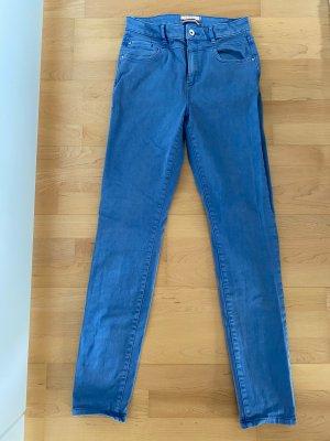 NEU OHNE ETIKETT | Hellblaue Jeans