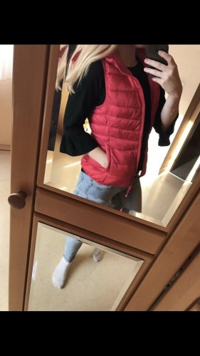 only for radical lovers. Gilet à capuche rouge framboise