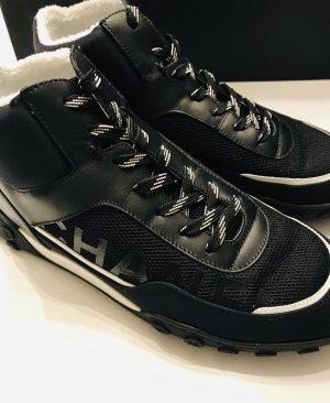 Chanel Sneaker alta nero-bianco Pelle