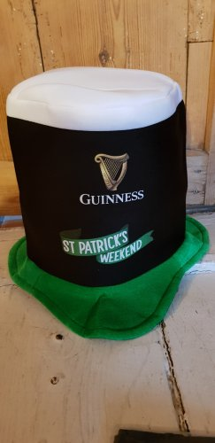 Guinness Sombrero de fieltro multicolor