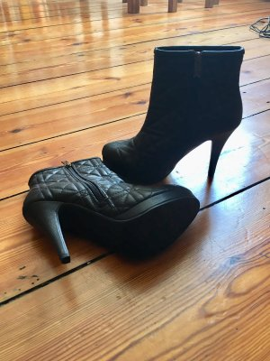 NEU: Plateaustiefeletten schwarz Steppmuster High Heels Hammer-Angebot