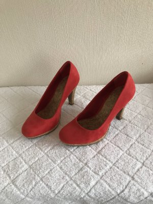Marco Tozzi Classic Court Shoe brick red-red