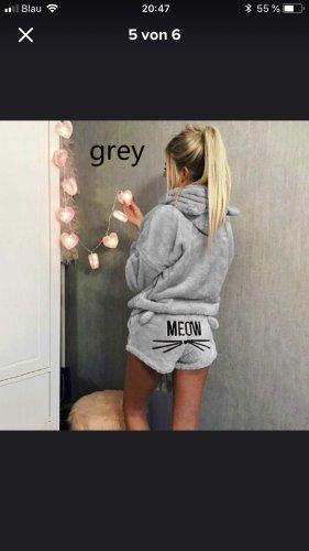 Neu Pyjama in Größe s oder m