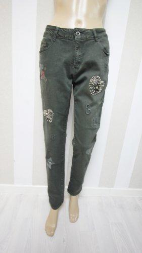 Pantalón de tubo gris verdoso