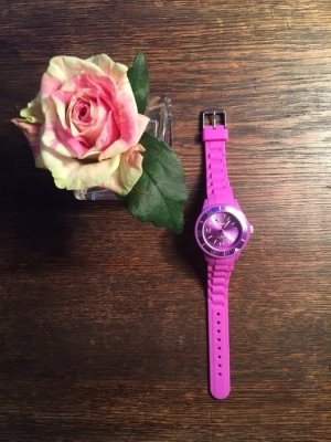 a cuckoo moment Montre rose-rose