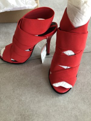 NEU! Rote Zara Schuhe mit Schild