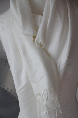 Fringed Scarf natural white