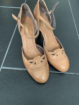 NEU - Schuhe von Stefanel in Größe 37