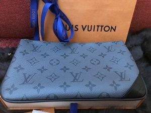 Louis Vuitton Enveloptas leigrijs
