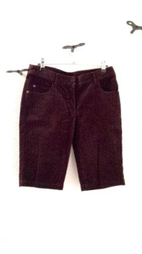 NEU, Shorts aus feinem Cordstoff von NAF NAF, braun, Gr. 36