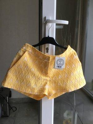 NEU Sommerlich Hot pants  für Strand  e.t.c. Italien Brand aless Enriquez