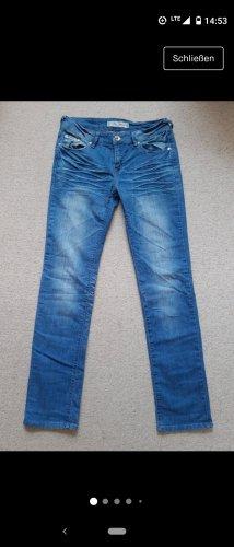 Neu: Straight Leg Jeans von Fen Jeans